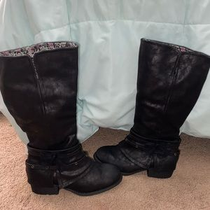 Girls Black Boots With Bow (NWOT)